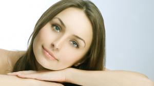 Natürliche Hilfe gegen trockene Haut im Winter