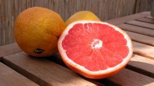 Grejpfrut i jego lecznicze właściwości| Dlaczego warto go spożywać?