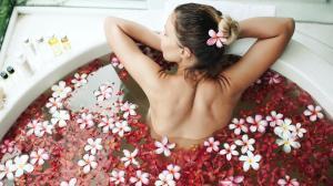 3 bagni abbellenti e disintossicanti – il sale di Glauber nella cura di bellezza