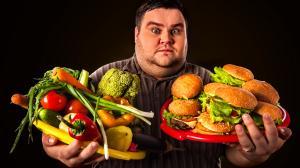 Megbetegítenek az egészségtelen ételek