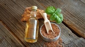 Pulizia intestinale con i semi di lino: ci rinnova esteriormente ed interiormente come per magia