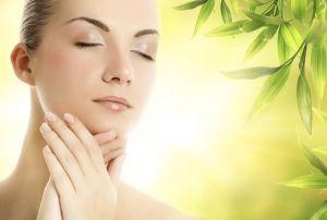 Il Cardo Mariano elimina le eruzioni cutanee, l'acne, e l'eczema!