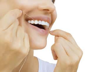 La relazione tra la cura dei denti e la digestione