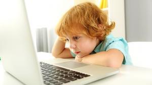 Gyerek és a számítógép: mennyi a túl sok?