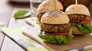 Hamburger senza carne: non solo per i vegani