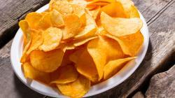 Co byste si dali? Chipsy nebo čokoládu? Vyberte si raději detoxikaci!