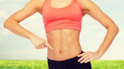 Vonakodva ölti fel a nyári ruháját? Tegyen egy próbát a lapos has diétával!